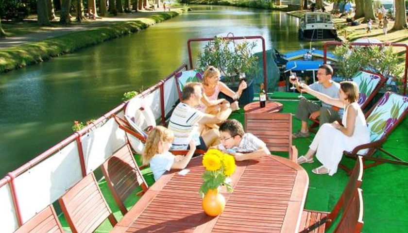 Kids Go Free on European Hotel Barge Vacations