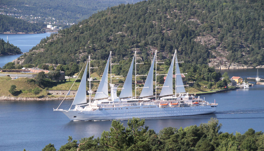 Windstar sailing ship
