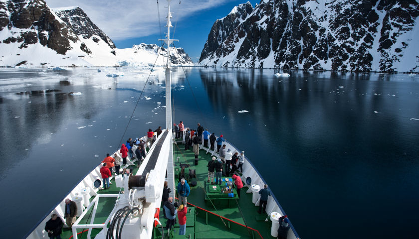 Aurora Expeditions 25 Years of Antarctic Exploration