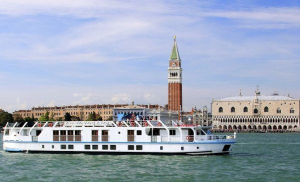 New Wine Cruises in Italy Aboard Hotel Barge at 10% Off