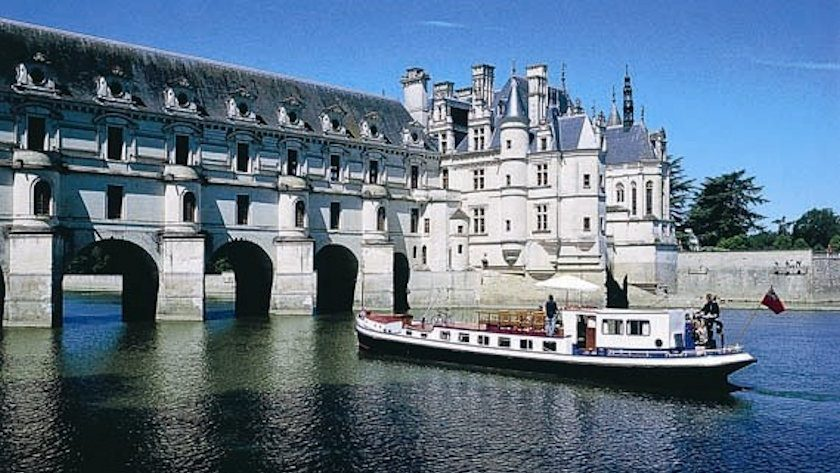 French Renaissance barge cruise